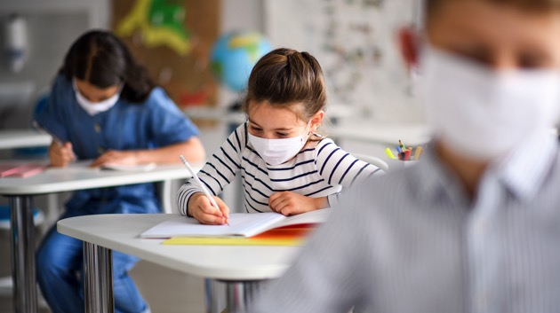some-school-districts-adopt-new-testing-protocol-to-keep-kids-in-class-and-out-of-covid-quarantine