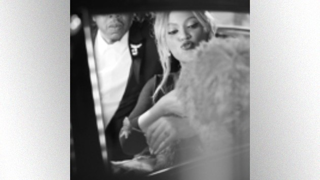 """beyonce-and-jay-z-enjoy-a-tiffany's-""""date-night"""""""