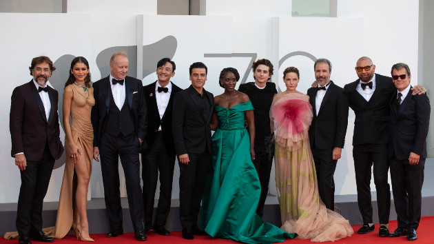 """'dune'-cast-shares-why-the-new-film-cannot-be-""""compared""""-to-the-1984-original"""