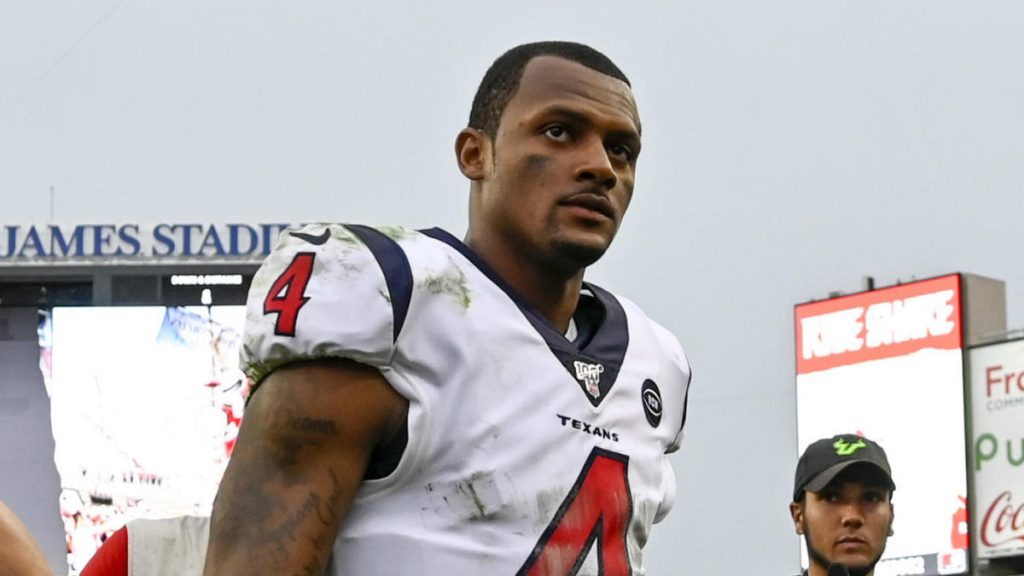 panthers-expected-to-pursue-texans'-deshaun-watson-ahead-of-2021-nfl-trade-deadline,-per-report