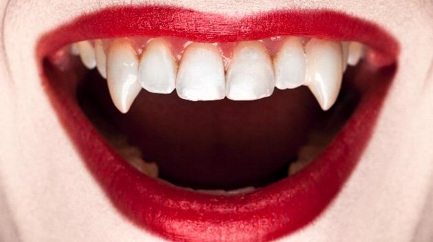 dentists-warn-against-these-vampire-fangs-halloween-hacks-on-tiktok