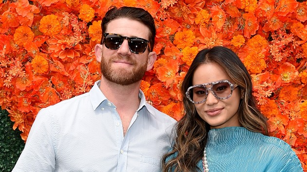 """jamie-chung-and-bryan-greenberg-welcome-twins,-""""double-the-trouble"""""""