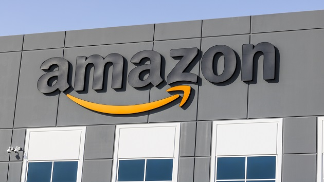 amazon's-warehouse-workers-in-staten-island-file-petition-for-union-election