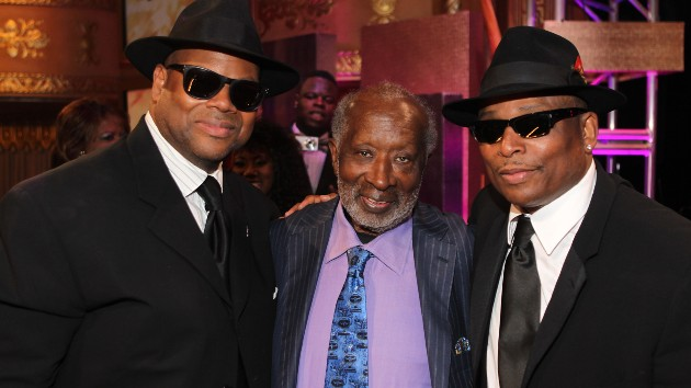 """jimmy-jam-reveals-how-he-owes-his-success-to-""""the-black-godfather,""""-clarence-avant"""