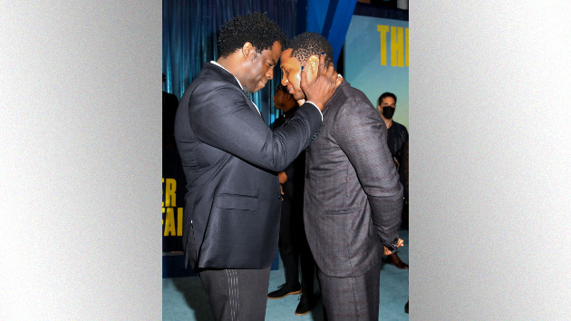"""'the-harder-they-fall':-director-jeymes-samuel-discusses-how-nat-love-""""bonded""""-michael-k.-williams-&-jonathan-majors"""